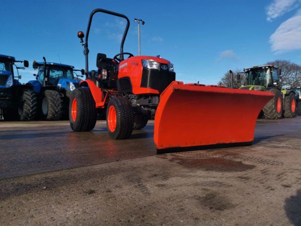 Compact Tractors & Machinery
